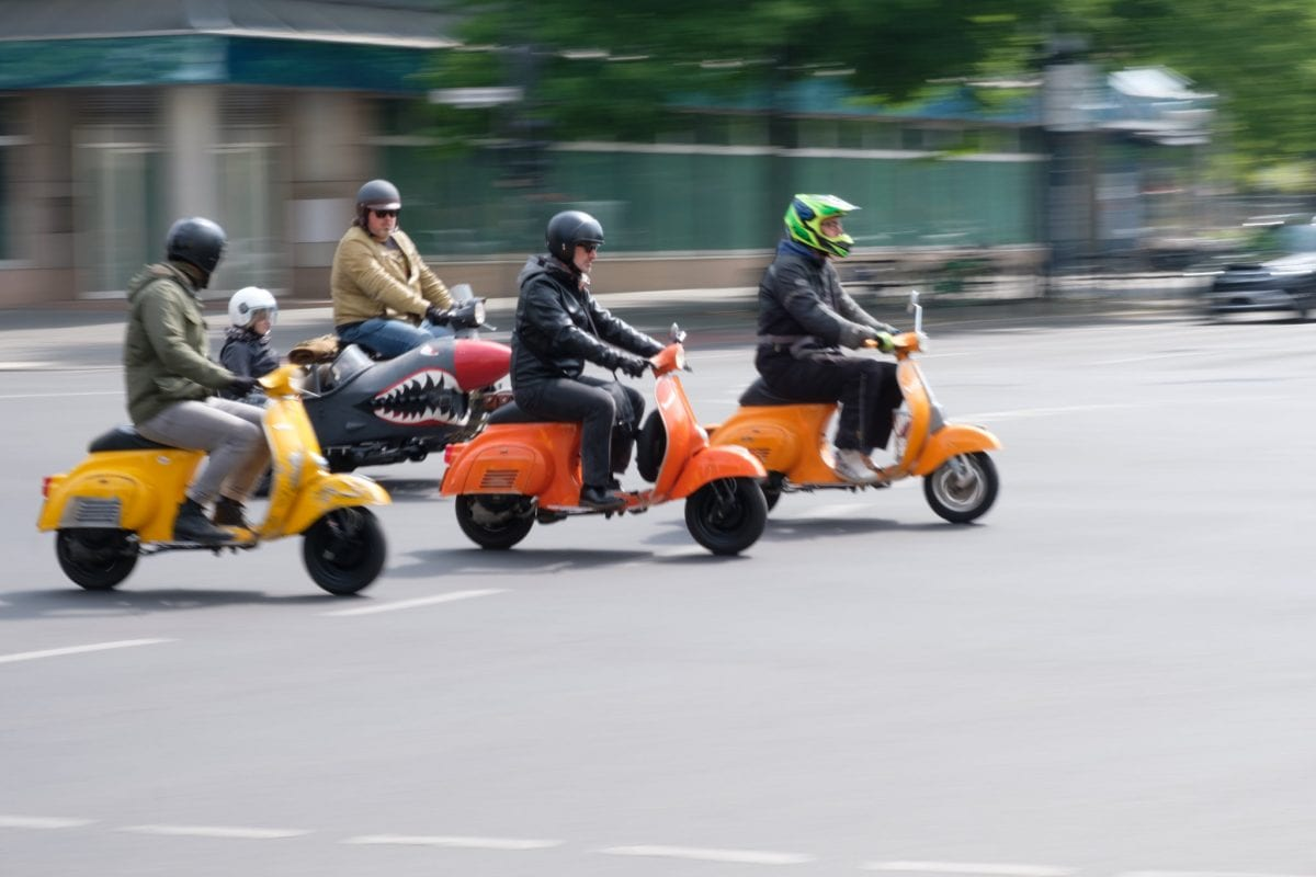 Vespa-Parade in Berlin